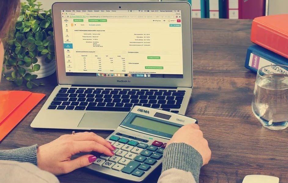 Geld regiert die Welt - so erhältst du eine gesunde Einstellung zu Finanzen